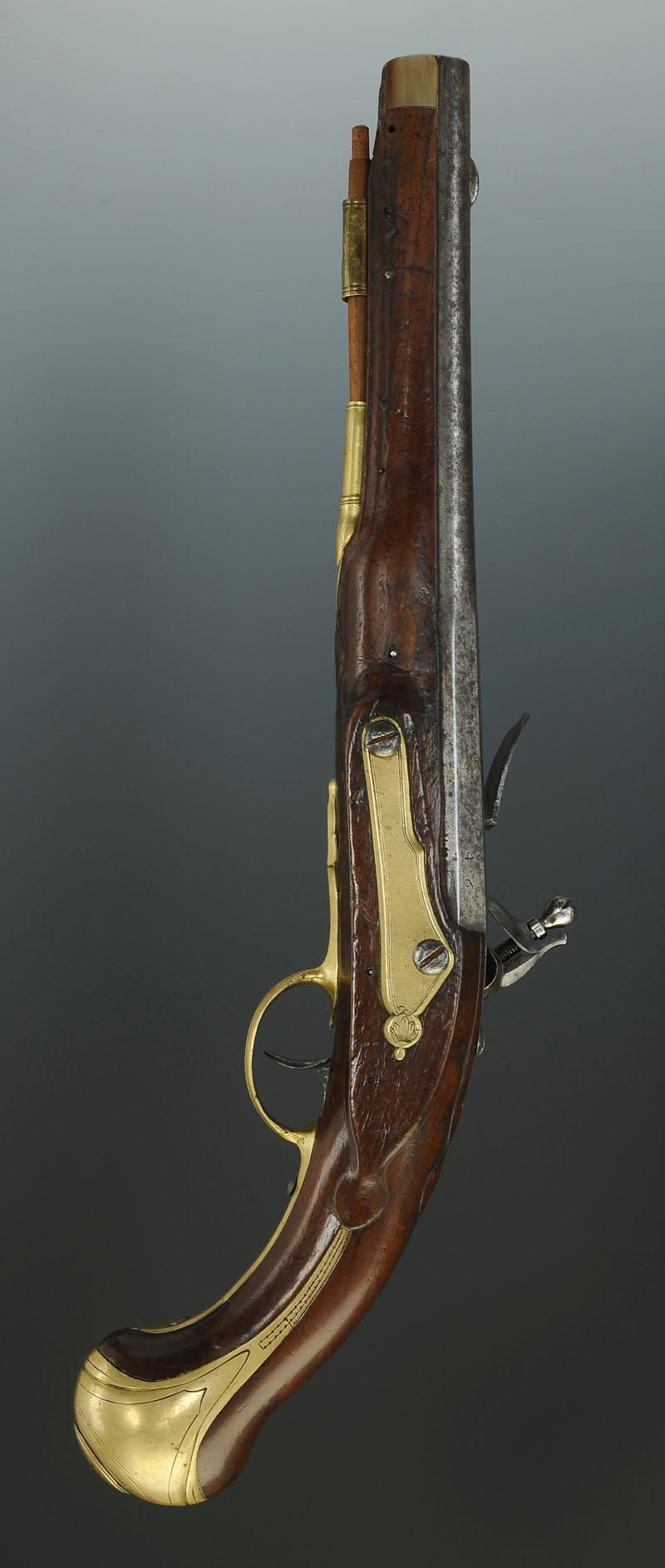 Pistolet de gendarme de la garde de la maison militaire du for Maison du monde 83 la garde