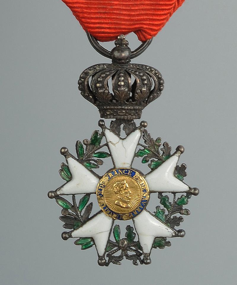croix de chevalier de la l gion d 39 honneur mod le de la monarchie de juillet 1er ao t 1830 23. Black Bedroom Furniture Sets. Home Design Ideas