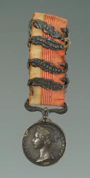 MÉDAILLE BRITANNIQUE DE LA CAMPAGNE DE CRIMÉE, créée en 1854, Second Empire.