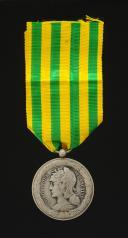 MÉDAILLE COMMÉMORATIVE DE L'EXPÉDITION DU TONKIN - EXEMPLAIRE DE LA MARINE, créée en 1885, Troisième République.
