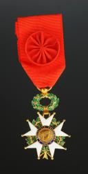CROIX D'OFFICIER DE LA LÉGION D'HONNEUR EN OR, modèle 1870, Troisième République.