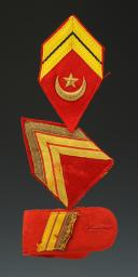 GRADES DE SOUS-OFFICIERS DES COMPAGNIES MÉHARISTES SAHARIENNES, modèle 1945, Quatrième - Cinquième République.