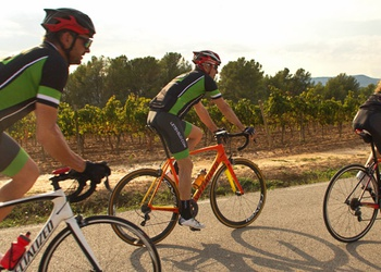 DEL SIGLO X AL MODERNISMO - Barcelona Cycling Experiences