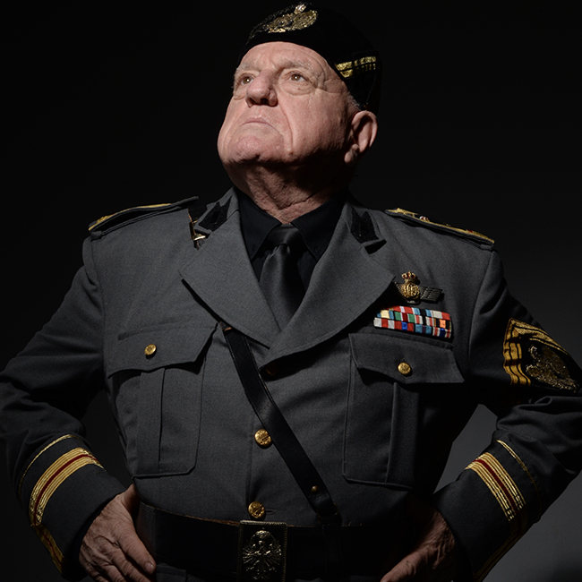 Leo Bassi Mussolini