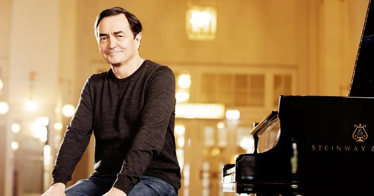 La Sinfónica de Tenerife clausura su temporada con el pianista Pierre-Laurent Aimard
