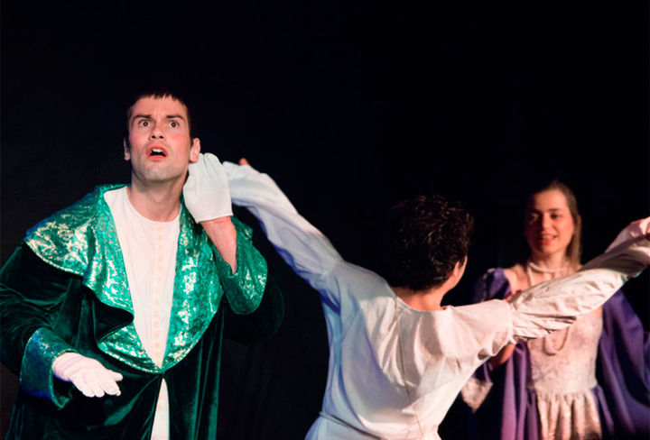 Zálatta Teatro - Comedia de la mano de Carolina