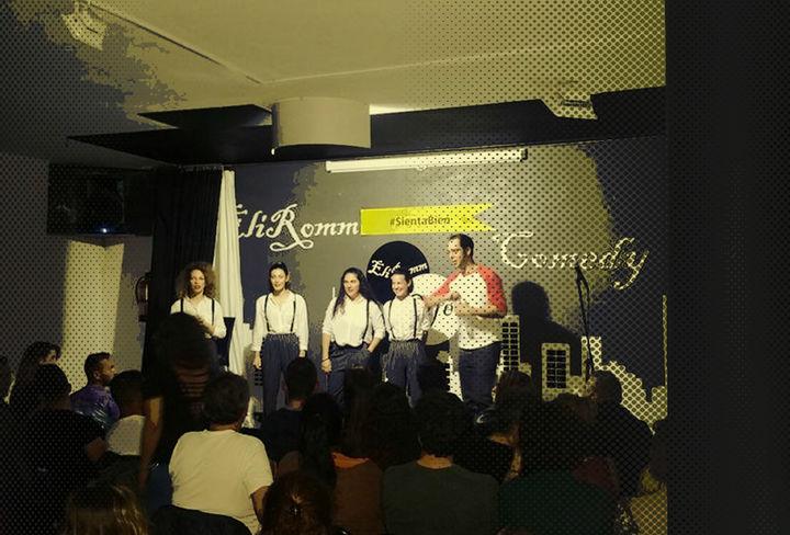 Aarón Gómez e Improvisarte en Eliromm Café