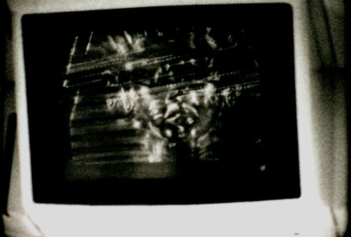 lola lasurt  - duelo por la españa negra