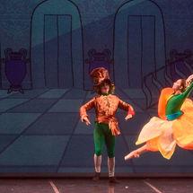 Alicia en el País de las Maravillas  caraBdanza en Teatro El Sauzal