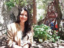 Bibiana Monje en la terraza del Café Siete