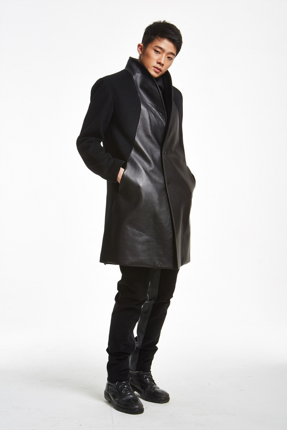 SONO DRS'S Wool & Leather Coat