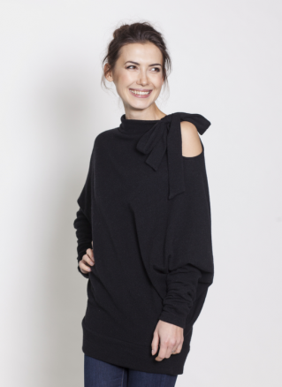 LeMuse Black Asymmetric sweater with a bow