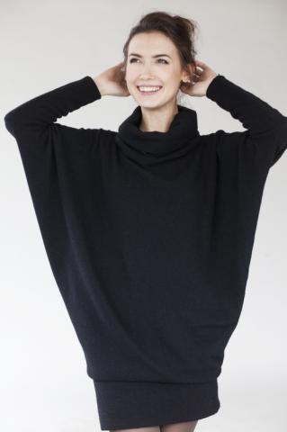 LeMuse lab special Designer Cut black sweater