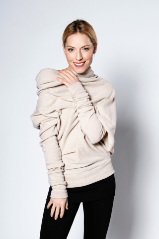 LeMuse Creamy Asymmetric sweater with buttons