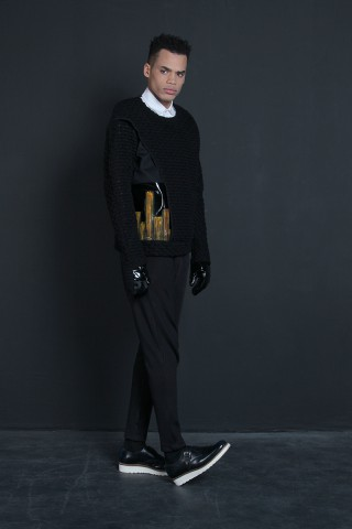 Handpainted Jumper with attached gloves (Polywool/Wool/Handpainted Leather) Black