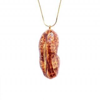 Caramelized Peanut with Gold Glaze