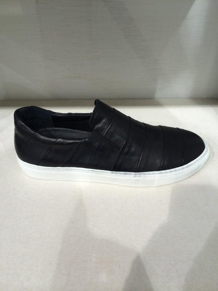 dagur layered matte leather (vibram sole)