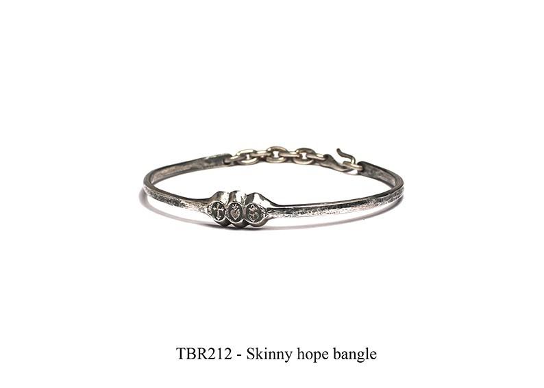 Skinny hope bangle