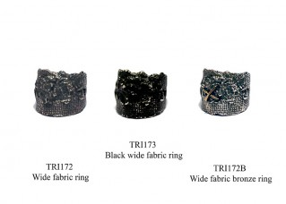 Black wide fabric ring