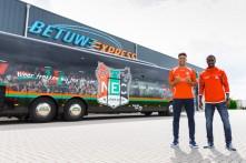 NEC Spelersbus