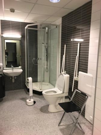 127 HC-toalett