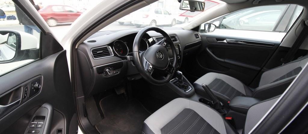 ikinci el araba 2015 Volkswagen Jetta 1.6 TDi Comfortline Dizel Otomatik 176000 KM 2