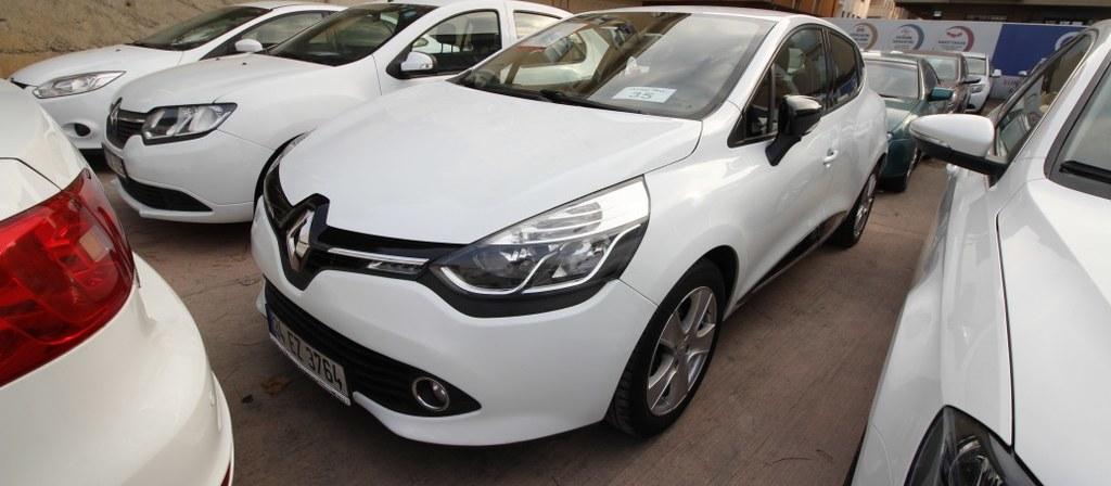 ikinci el araba 2014 Renault Clio 1.5 dCi Icon Dizel Otomatik 93000 KM
