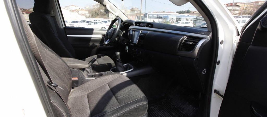 ikinci el araba 2016 Toyota Hilux Adventure 2.4 4x4 Dizel Manuel 106200 KM 5