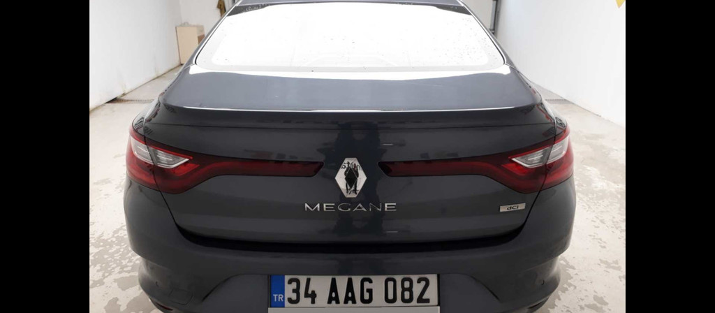 ikinci el araba 2017 Renault Megane 1.5 dCi Touch Dizel Otomatik 27000 KM 1