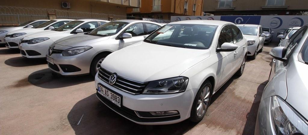ikinci el araba 2014 Volkswagen Passat 1.6 TDi BlueMotion Trendline Dizel Otomatik 135000 KM