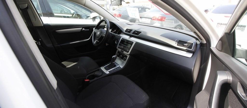ikinci el araba 2014 Volkswagen Passat 1.6 TDi BlueMotion Trendline Dizel Otomatik 135000 KM 0