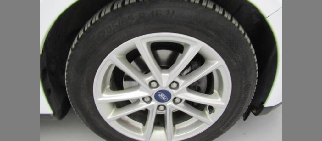 ikinci el araba 2016 Ford Focus 1.5 TDCi Trend X Dizel Otomatik 107400 KM 32