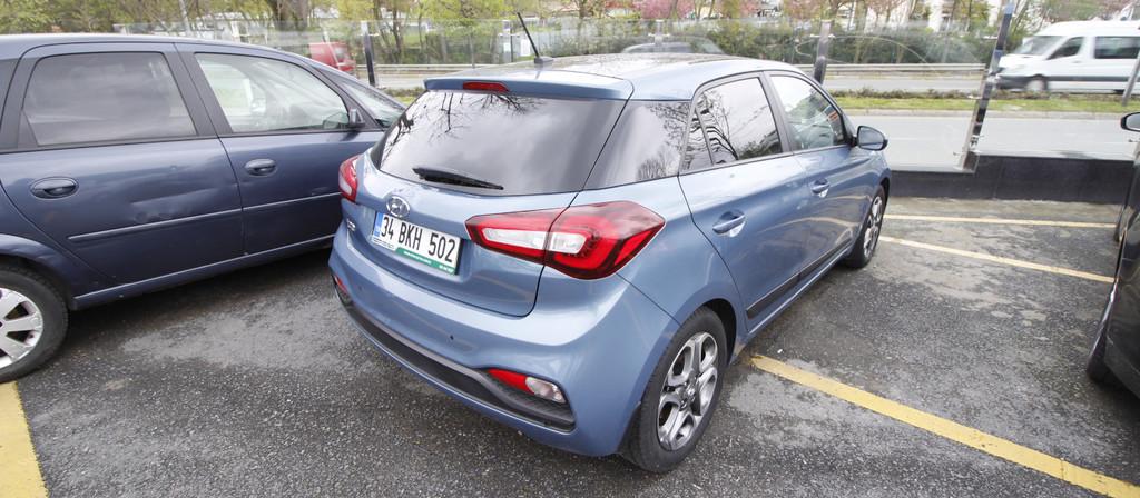 ikinci el araba 2018 Hyundai i20 1.4 MPI Elite Benzin Otomatik 22870 KM 3