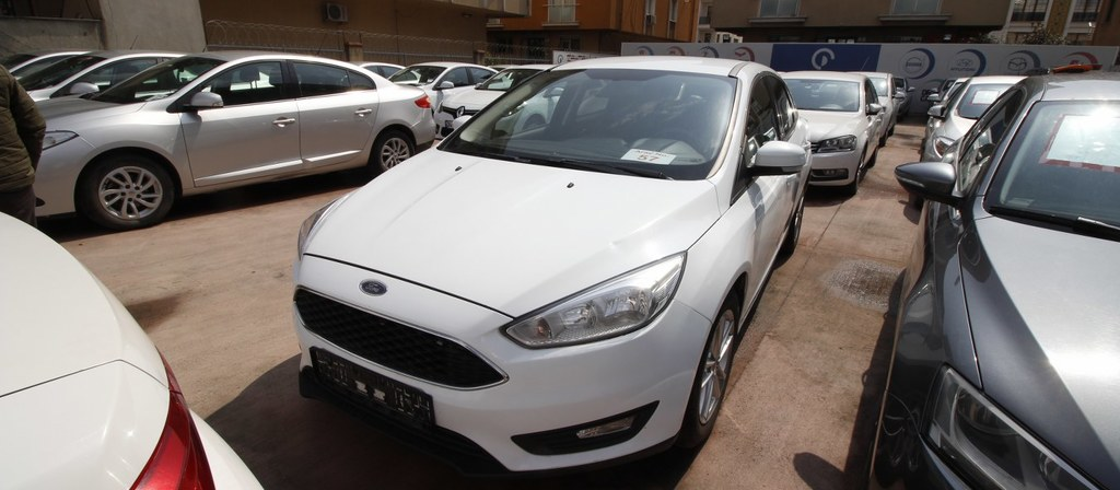 ikinci el araba 2015 Ford Focus 1.6 TDCi Trend X Dizel Manuel 142000 KM