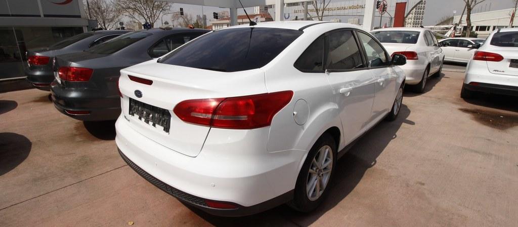 ikinci el araba 2015 Ford Focus 1.6 TDCi Trend X Dizel Manuel 142000 KM 5