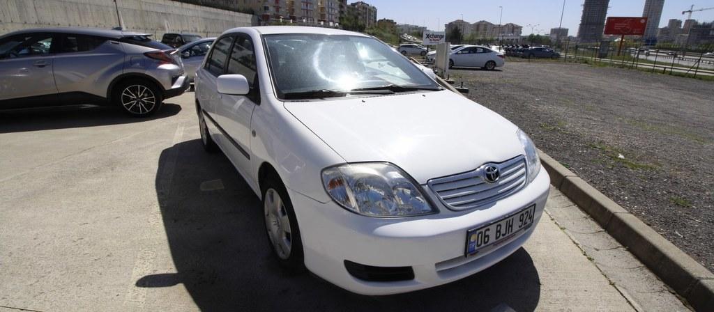 ikinci el araba 2006 Toyota Corolla 1.4 D4 Linea Dizel Manuel 201000 KM 5