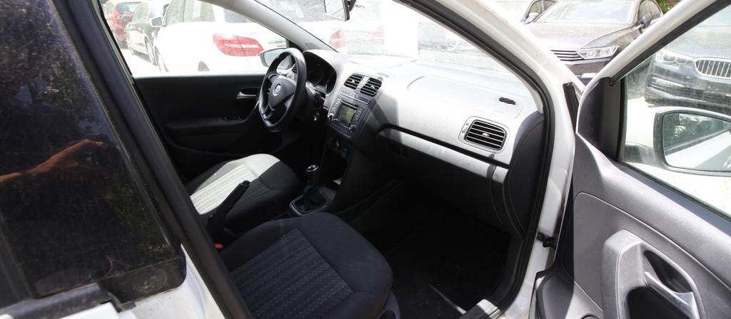 ikinci el araba 2015 Volkswagen Polo 1.4 TDi Trendline Dizel Manuel 172000 KM 4