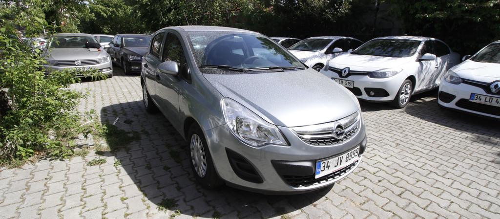 ikinci el araba 2013 Opel Corsa 1.2 Twinport Essentia Benzin Manuel 154400 KM 3