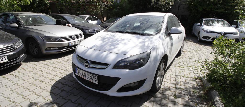 ikinci el araba 2015 Opel Astra 1.6 CDTI Business Dizel Manuel 141000 KM