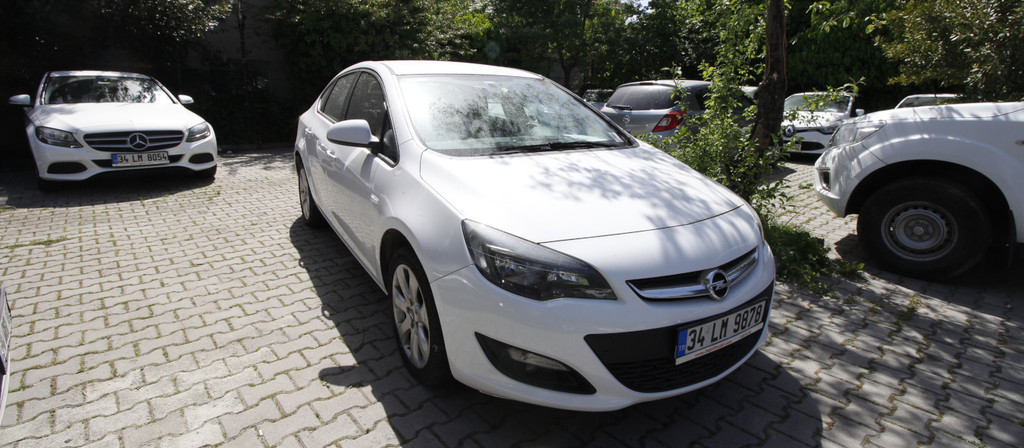 ikinci el araba 2015 Opel Astra 1.6 CDTI Business Dizel Manuel 141000 KM 0