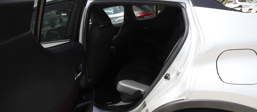ikinci el araba 2018 Toyota C-HR 1.8 Hybrid Diamond Hybrid Otomatik 17980 KM 0