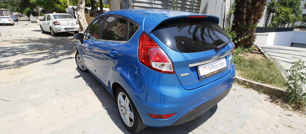 ikinci el araba 2014 Ford Fiesta 1.0 GTDi Titanium Benzin Otomatik 116000 KM 1