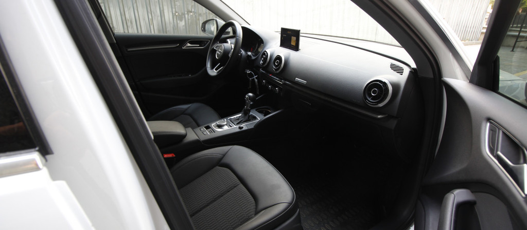 ikinci el araba 2016 Audi A3 A3 Sportback 1.6 TDI Design Line Dizel Otomatik 49200 KM 6