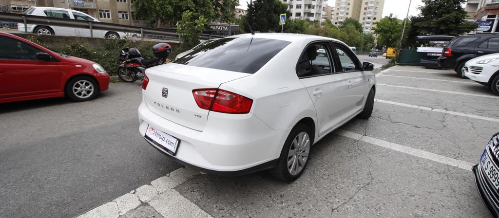 ikinci el araba 2014 Seat Toledo 1.6 TDI Style Dizel Otomatik 89000 KM 0