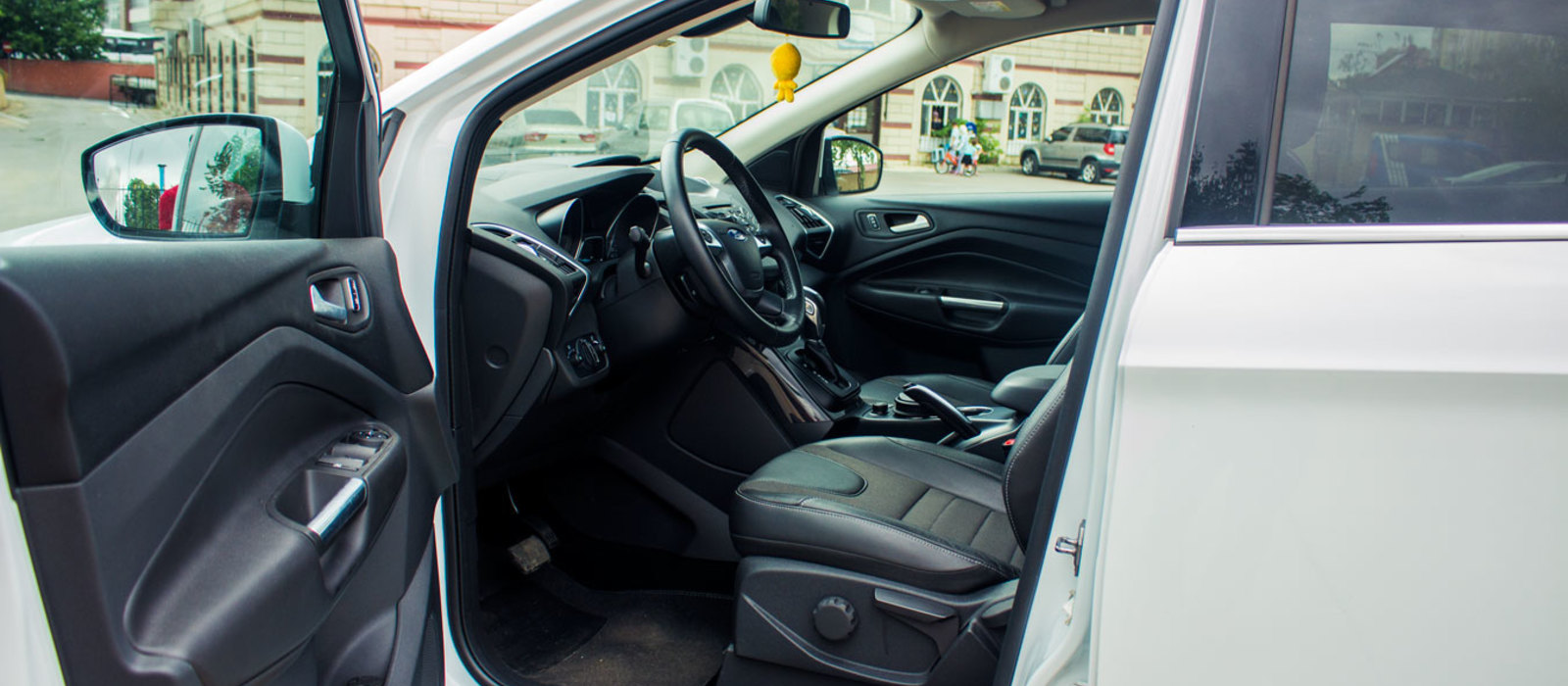 ikinci el araba 2014 Ford Kuga 1.6 EcoBoost Titanium Benzin Otomatik 14000 KM 3