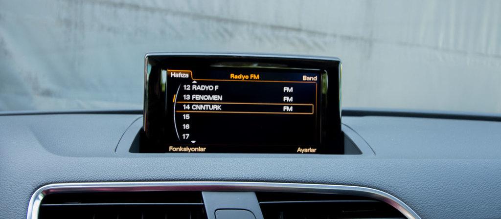 ikinci el araba 2015 Audi Q3 1.4 TFSi Benzin Otomatik 15780 KM 8