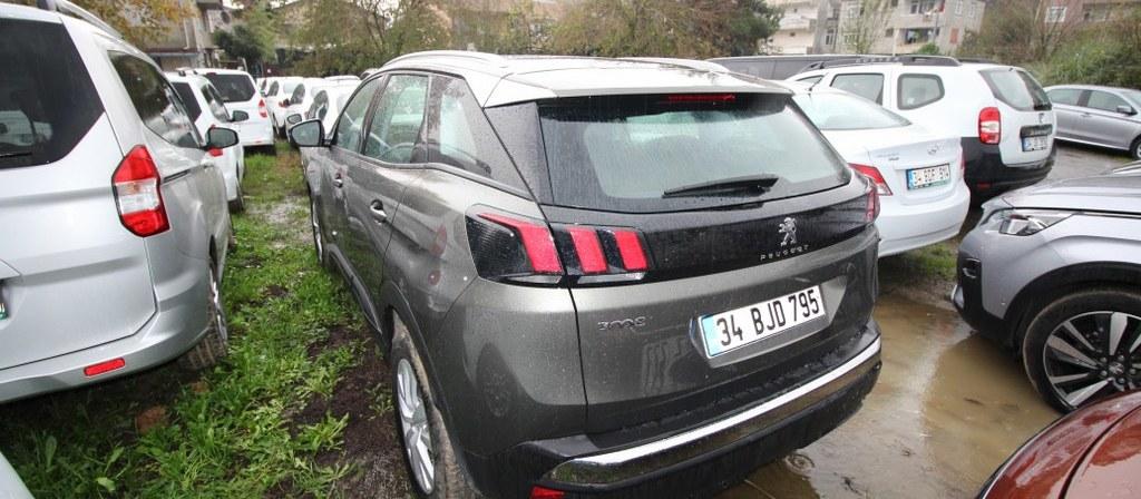 ikinci el araba 2018 Peugeot 3008 1.6 BlueHDi Active Sky Pack Dizel Otomatik 21640 KM 2