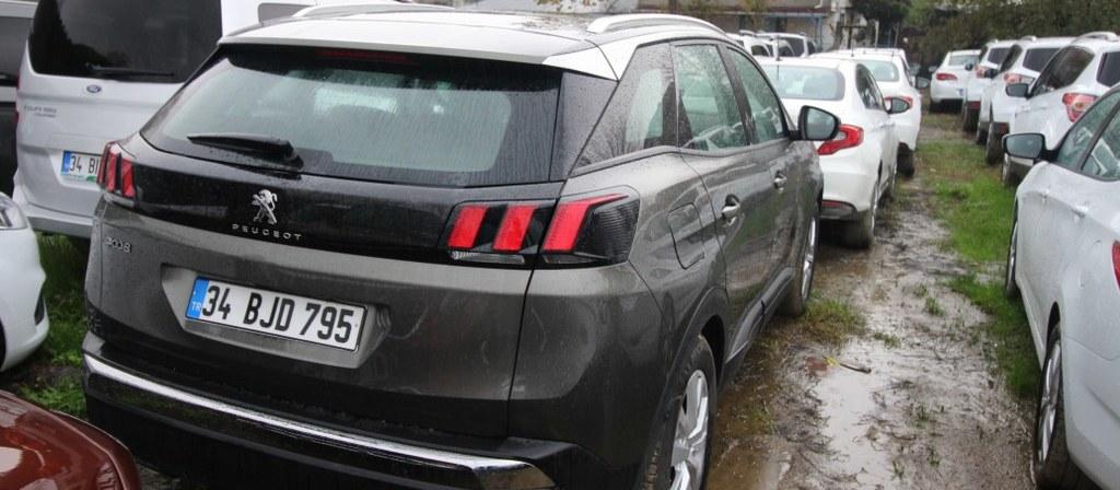 ikinci el araba 2018 Peugeot 3008 1.6 BlueHDi Active Sky Pack Dizel Otomatik 21640 KM 4