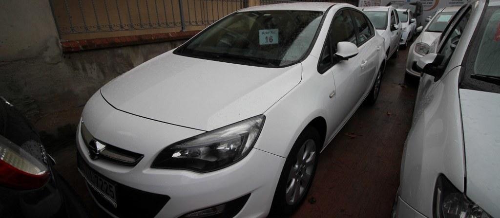 ikinci el araba 2015 Opel Astra 1.6 CDTI Business Dizel Manuel 94676 KM
