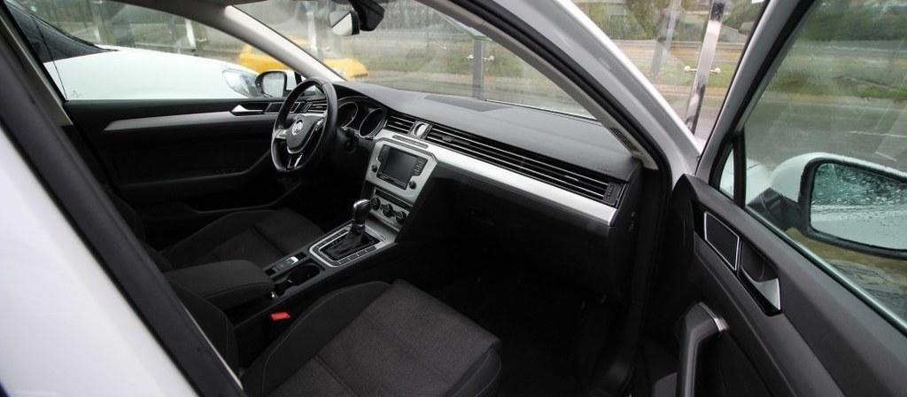 ikinci el araba 2016 Volkswagen Passat 1.6 TDi BlueMotion Comfortline Dizel Otomatik 89420 KM 1